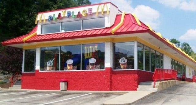 McDonald's restaurant located at 7702 McKnight Road