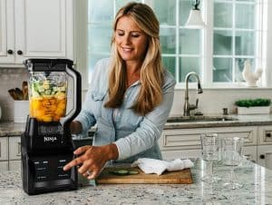 The Ninja® Intelli-Sense™ System with Auto-Spiralizer™