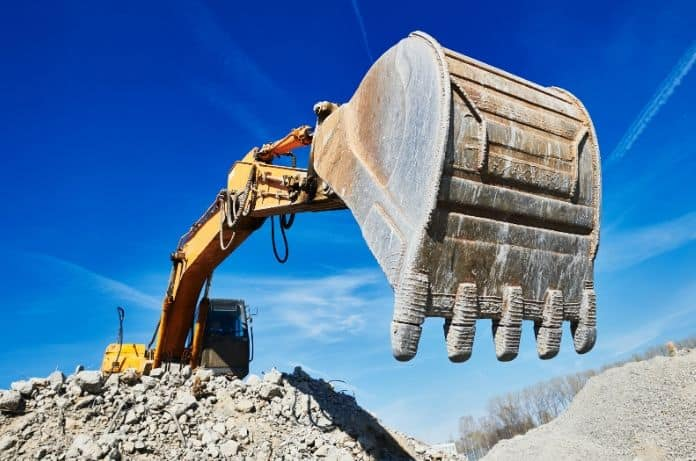 Advantages of Buying New vs. Used Construction Equipment