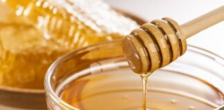 Science-Based Benefits for Why Honey Is Good for Your Hair
