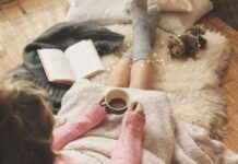 Ways To Practice Hygge With Family This Winter