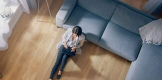 How Flooring Affects the Feel of a Room