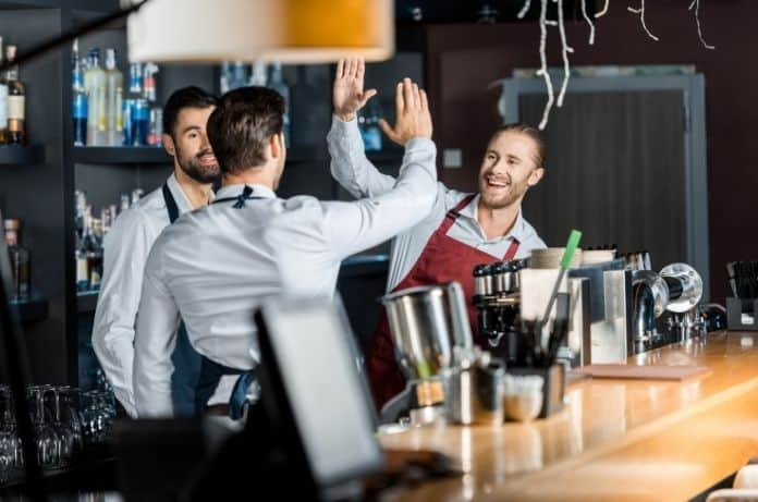 Ways Restaurants Can Make Their Staff More Productive