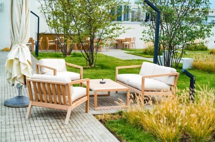 Tips for Designing an Inviting Outdoor Space